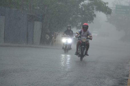 Onda tropical ingresará en las próximas horas al territorio hondureño