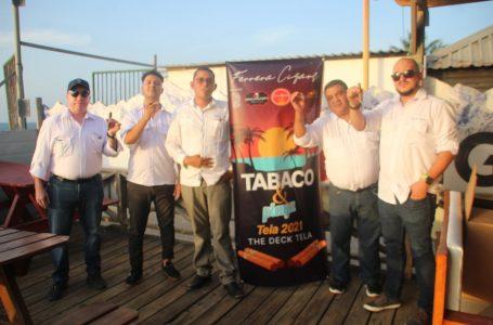 Ferrera Cigars deleita el «Tabaco y Playa Tela 2021», en The Deck