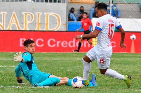 Olimpia busca que Edwin Rodríguez pueda ser habilitado para la final de vuelta