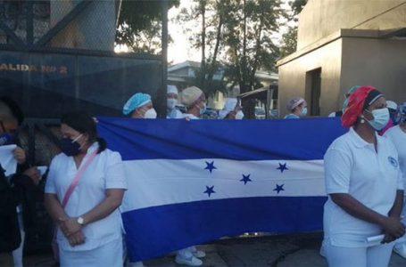 Unas 48 enfermeras auxiliares han fallecido por Covid; anuncian asambleas informativas