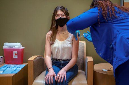 Agencia Europea de Medicamentos aprobó el uso de la vacuna de Pfizer en adolescentes de 12 a 15 años