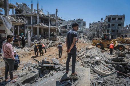 Más de 30 escuelas han sufrido daños por bombardeos israelíes sobre Gaza
