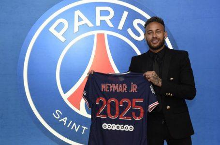 Oficial: Neymar renueva con el PSG hasta 2025