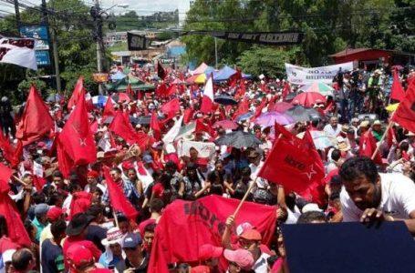 Conflictos internos de Libre no permitieron que se concretara una alianza con el PL