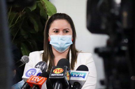 Diputada salvadoreña molesta por donación de vacunas a Honduras, ya que «ellos las necesitan»