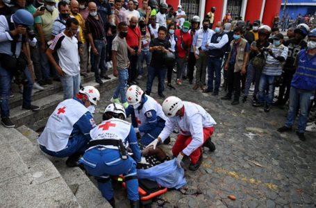 Colombia cumple un mes de protestas contra el Gobierno con más violencia y nuevas muertes