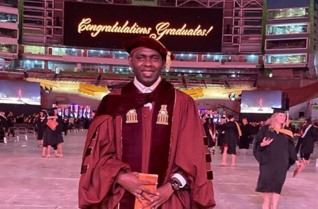 Garífuna hondureño obtiene un segundo doctorado en Estados Unidos