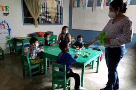 Docentes serán incluidos dentro de la quinta jornada de vacunación
