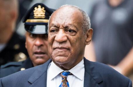 Actor Bill Cosby fue liberado tras la revocación de su sentencia por violación