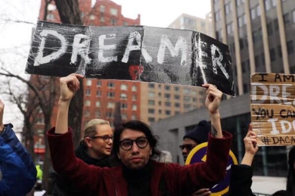 La Casa Blanca respalda a los dreamers, mientras el Senado comienza a debatir su futuro
