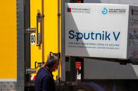 Un nuevo lote de 310.000 dosis de Sputnik V llegará el jueves a Guatemala