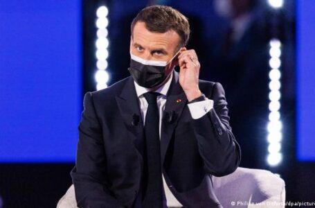 Abofetean en la calle al presidente de Francia, Emmanuel Macron