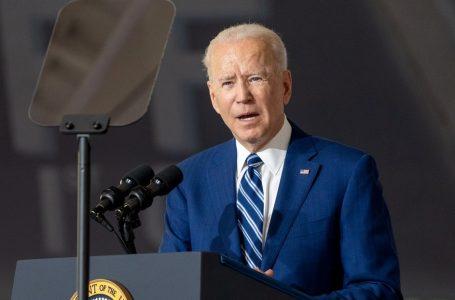 La Administración Biden planea expandir el sistema de inmigración legal