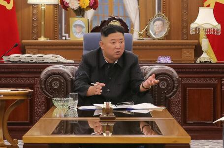 A los norcoreanos les «duele el corazón» ver el «demacrado aspecto» de Kim Jong-un