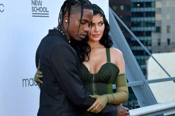 Kylie Jenner y Travis Scott ya volvieron, afirman testigos