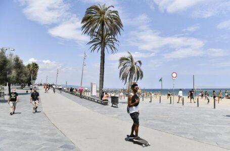 España reabre sus playas a todos los turistas vacunados contra el coronavirus