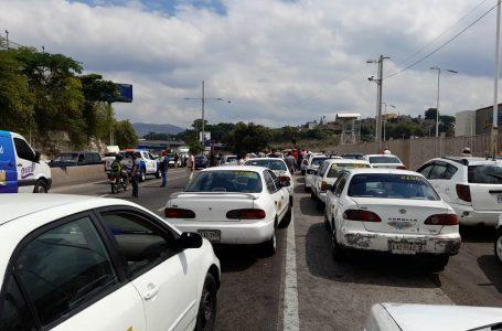 IHTT promete pagos de bonos de forma inmediata a taxistas tras las tomas de carreteras