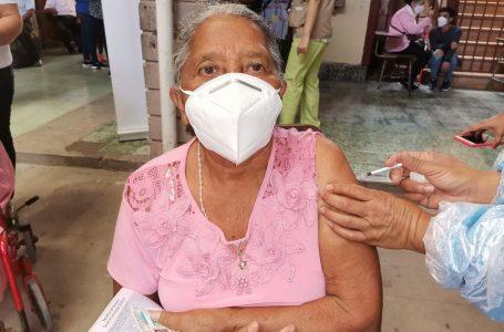 Más de 107 mil vacunas se han aplicado contra el COVID-19 en la capital