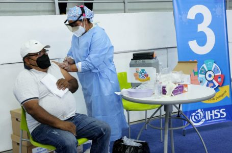 IHSS finaliza primera etapa de inmunización contra la Covid-19