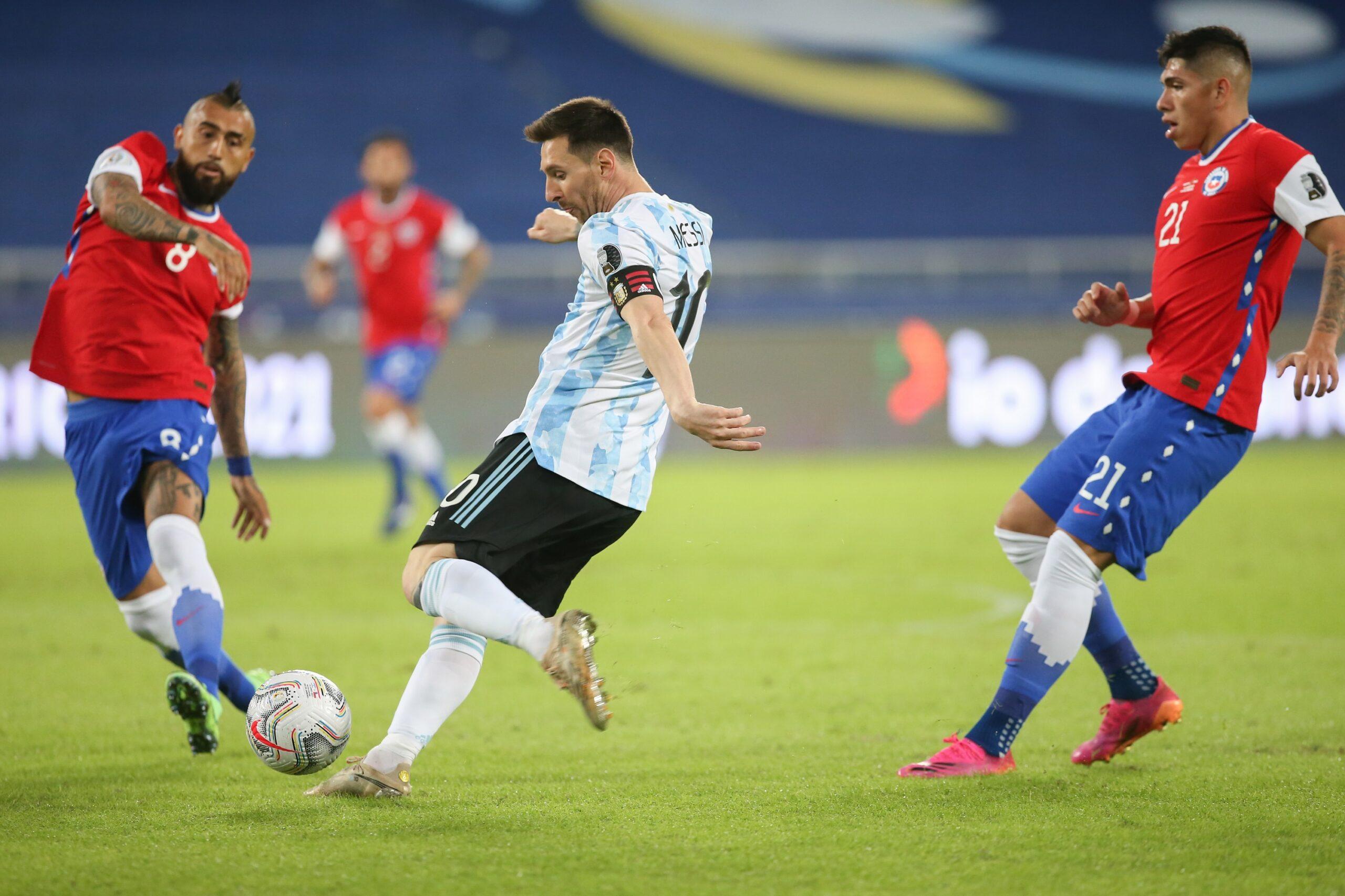 Argentina igualó 1-1 ante Chile en su debut en Copa América pese a golazo de Messi