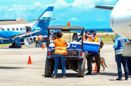 Islas de la Bahía recibió 28 mil vacunas contra el COVID donadas por El Salvador