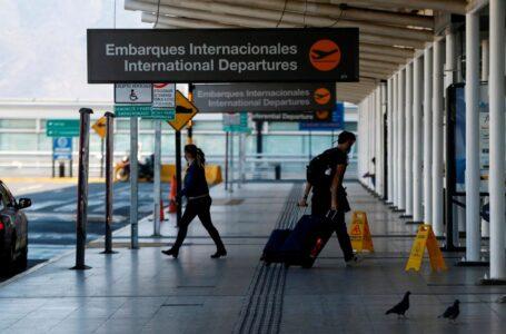 Chile anunció el cierre de fronteras hasta el 14 de julio tras la llegada de la variante Delta
