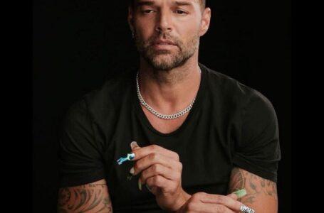 Ricky Martin denuncia que fue víctima de homofobia