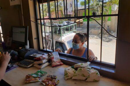 Habitantes de Cofradía son fieles clientes del centro de venta de Banasupro