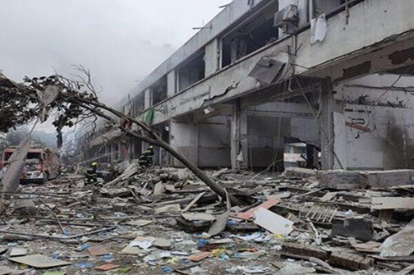 Explosión de gas deja al menos a 12 personas en China