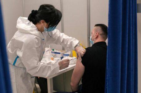 Francia no permitirá trabajar al personal sanitario si no está vacunado contra el Covid-19