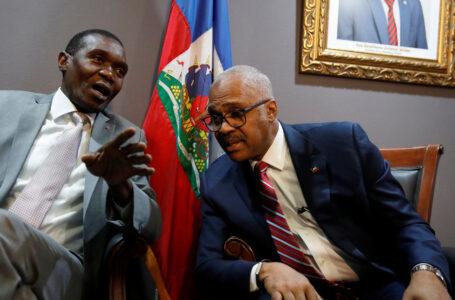 Senado de Haití desconoce al primer ministro y designa nuevo presidente provisional