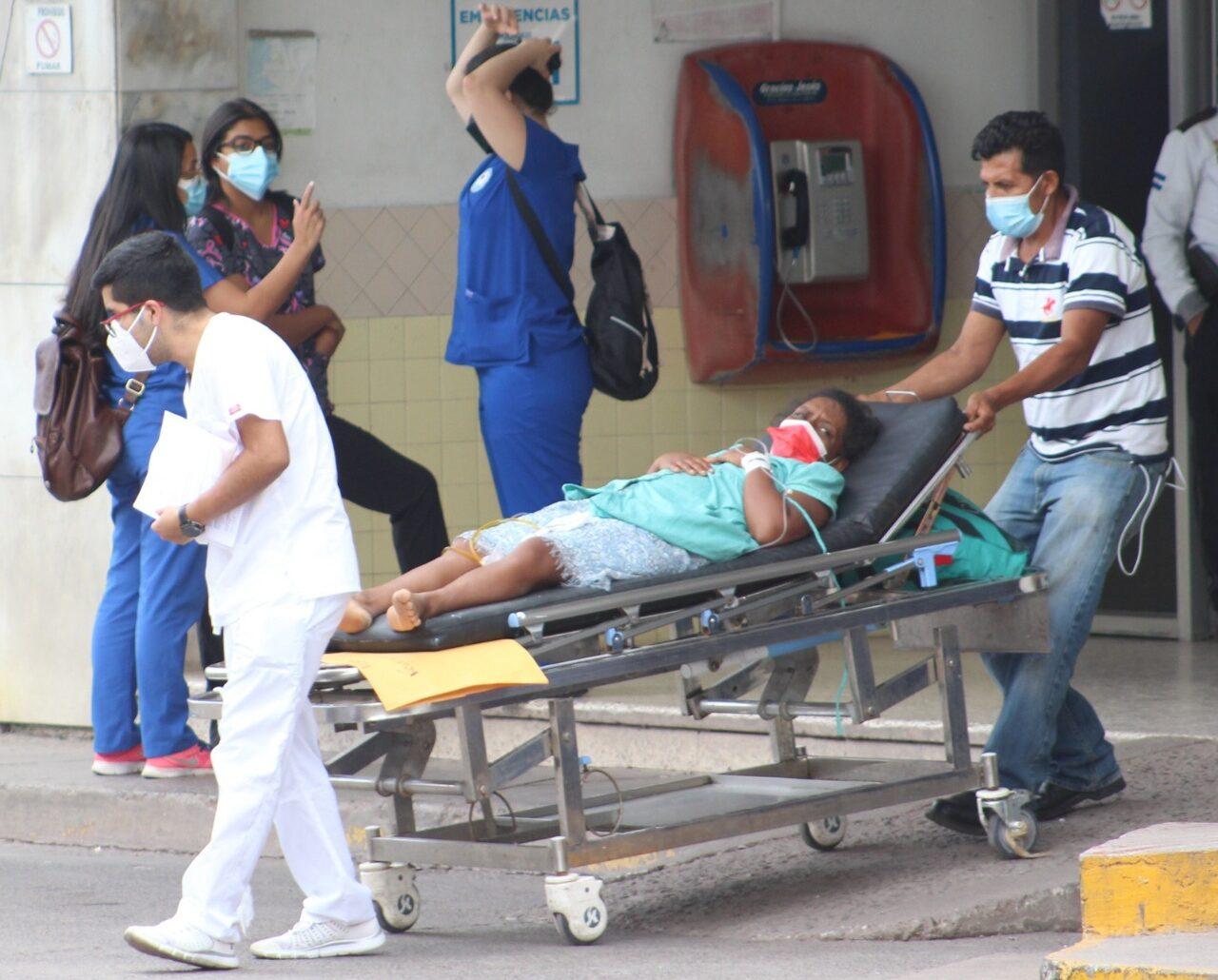 Sinager reporta 1,687 nuevos contagios y 52 muertes más por COVID