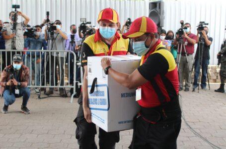 Honduras recibe otro lote de 40 mil 950 dosis de Pfizer en calidad de compra