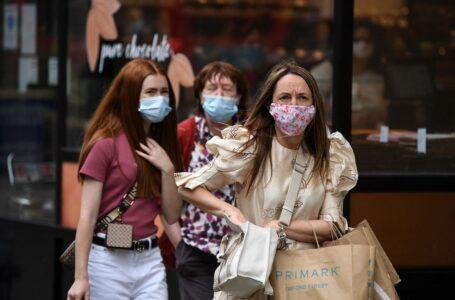 Llevar mascarilla dejará de ser obligatorio en Inglaterra a partir del 19 de julio