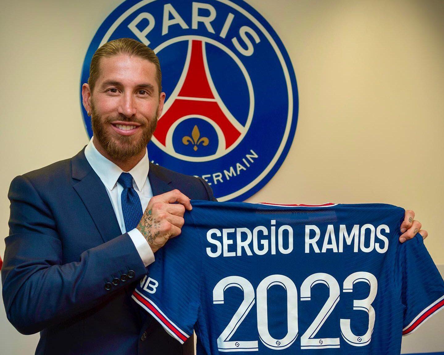 Sergio Ramos ya viste los colores del PSG hasta el 2023