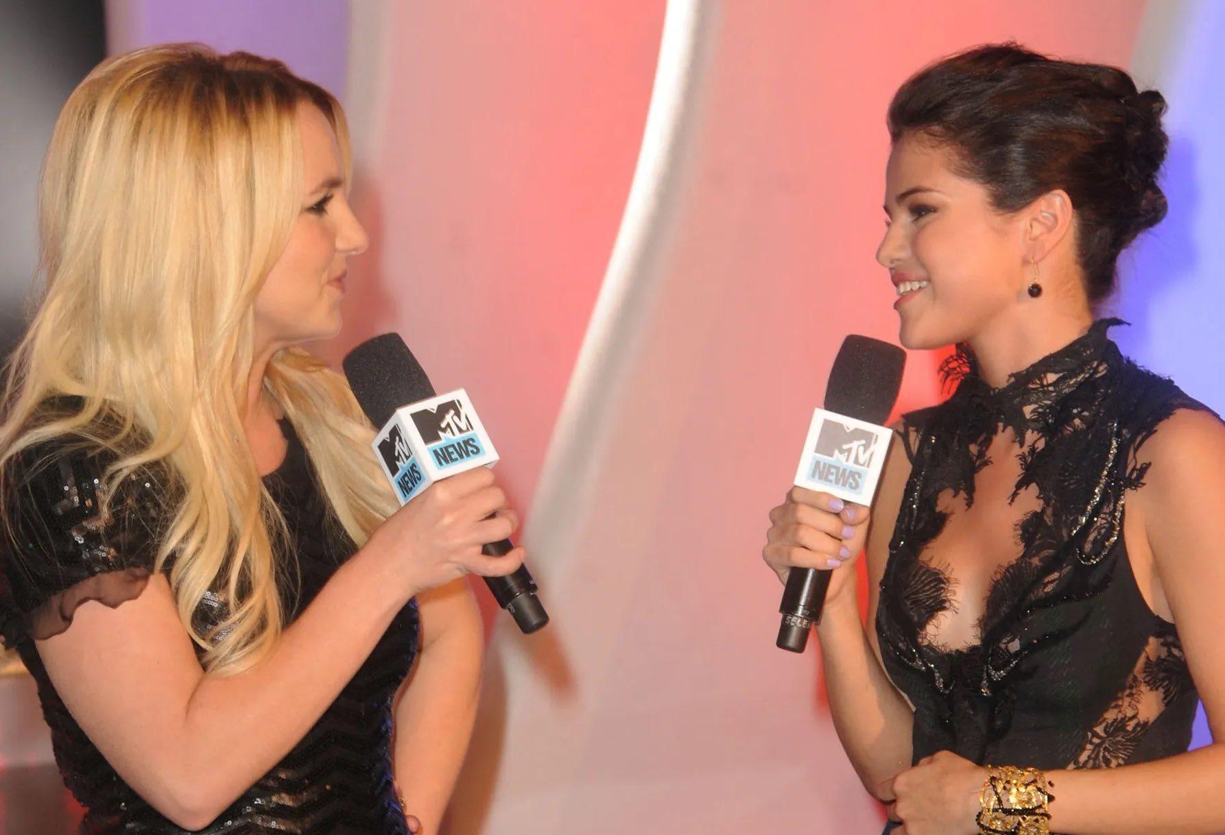 Selena Gomez envía emotivo regalo a Britney Spears en señal de apoyo