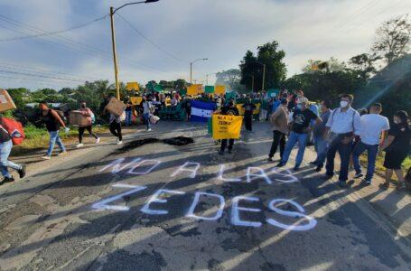 Manifestaciones en la CA-13 en contra de la instalación de las ZEDE