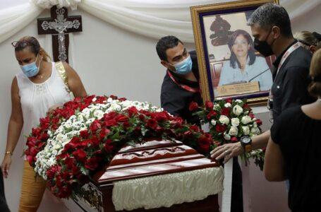 Cuatro hipótesis investiga la DPI sobre el asesinato de la exdiputada Carolina Echeverría