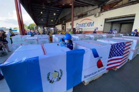 Guatemala recibe segunda donación de 3 millones de dosis Moderna por EE.UU.