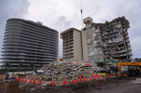 Se interrumpen tareas de rescate por peligro de colapso en el resto del condominio en Miami