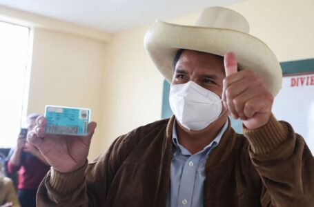Perú proclamaría a su nuevo presidente la próxima semana