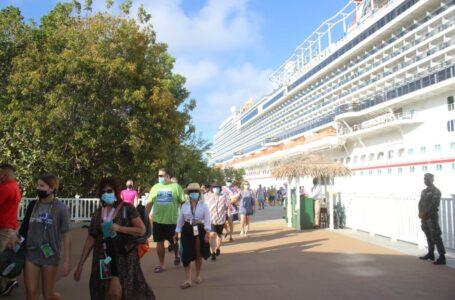 En un 39% incrementó la captación de divisas en el turismo, según ministra