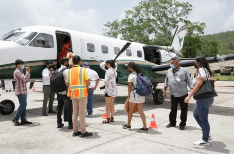 Primer vuelo entre Catacamas y Guanaja marca reactivación de aeródromos nacionales