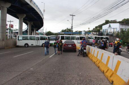 Sector transporte suspende paro nacional este viernes