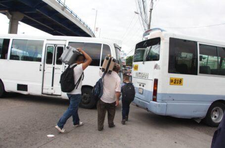 Transportistas anuncian paro nacional para este martes por incumplimiento del gobierno
