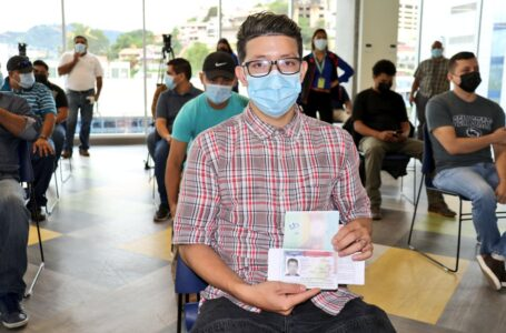 Hondureños reciben visas temporales para trabajaren empresas norteamericanas