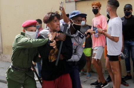Estiman en más de 5 mil los detenidos tras las masivas protestas contra el régimen en Cuba