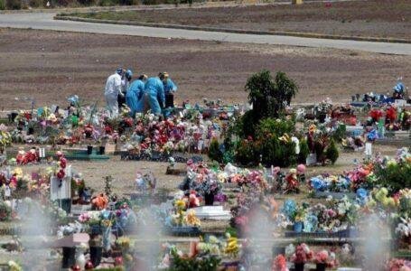 En julio han fallecido alrededor de 1,600 personas por Covid, según las funerarias