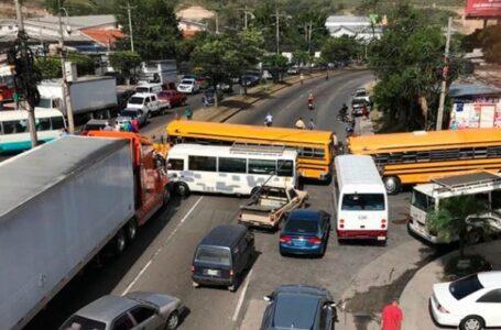Transportistas reiteran amenaza de paro nacional por falta de consensos con el Gobierno