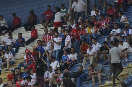 Liga Nacional a la espera que Sinager apruebe el regreso de aficionados a los estadios